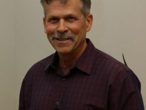 Dr. Robert Matthews